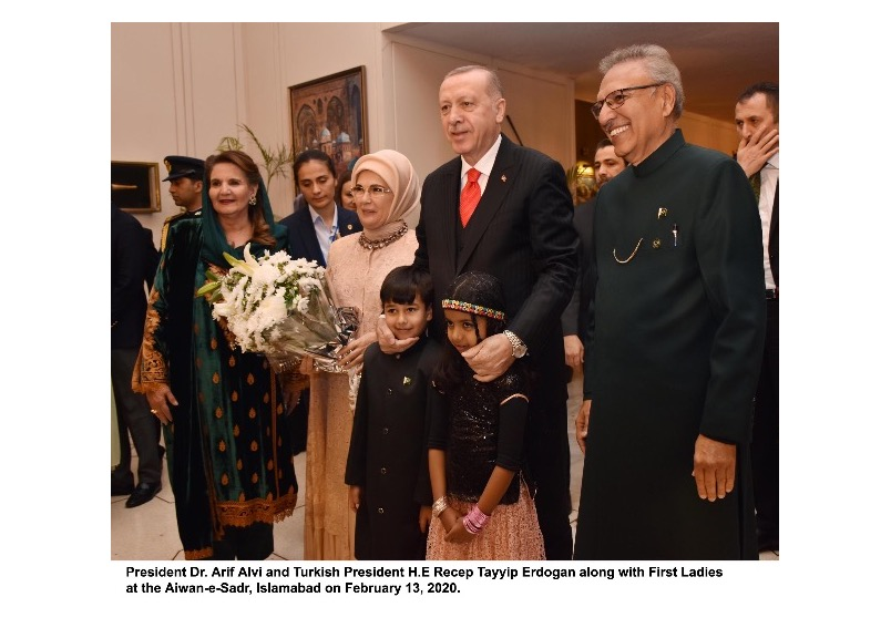President of Turkey Recep Tayyip Erdogan called President of Pakistan Dr. Arif Alvi on 24 May 2020 and extended best wishes of the government and people of Turkey for the people of Pakistan on the occasion of blessed Eid-ul-Fitr.