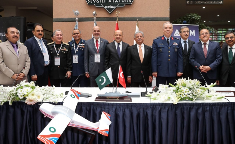 Pakistan and Turkey sign three documents elevating defence industry cooperation to a new level