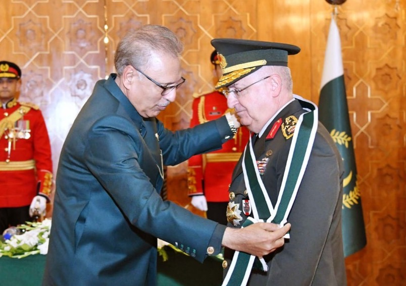 President of Pakistan confers Pakistan's highest military award upon Chief of Turkish General Staff