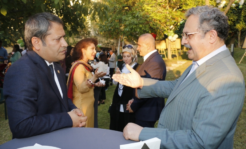 Ambassador Syrus Qazi with guests